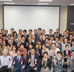 小松先生出版記念パーティに出席しました